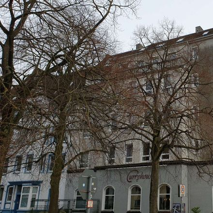 Rent this 3 bed apartment on Holtenauer Straße 214 in 24105 Kiel, Germany