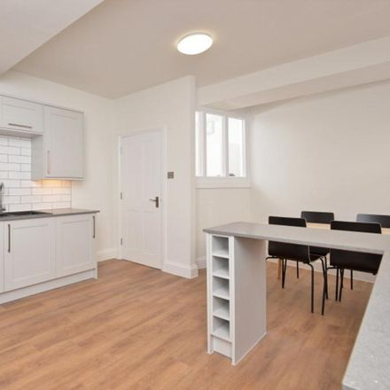 Rent this 3 bed room on 59 Magdalen Street in Exeter EX2 4HY, United Kingdom