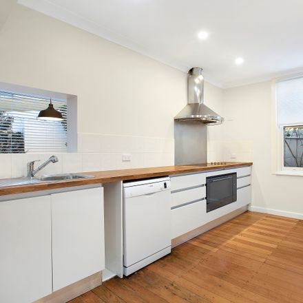 Rent this 4 bed house on 315 Avoca Street