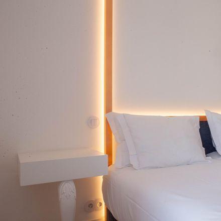 Rent this 1 bed apartment on Grupo de Xadrez do Porto in Rua de Passos Manuel, 4000-385 Cedofeita