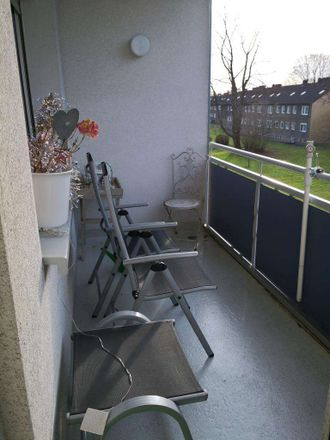 Rent this 3 bed apartment on Am Bärenbach 60 in 45663 Recklinghausen, Germany