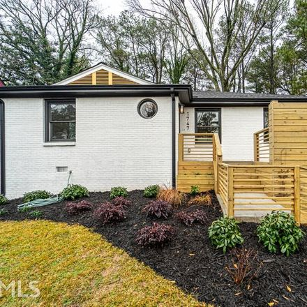 Rent this 3 bed house on Stokes Ave SW in Atlanta, GA