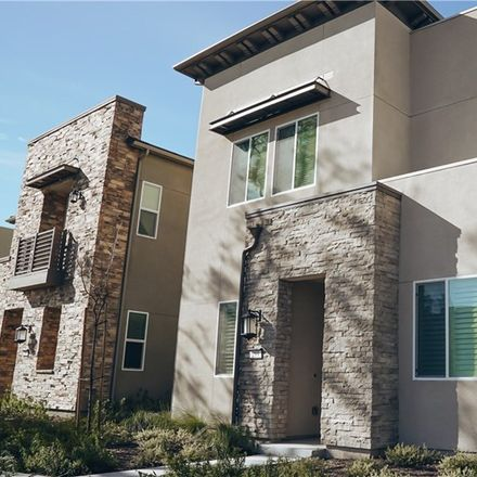 Rent this 3 bed townhouse on Follyhatch in Irvine, CA 92618:92705