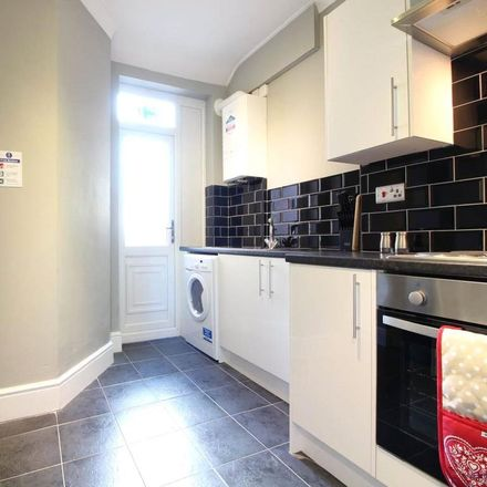 Rent this 1 bed room on Yarborough Terrace in Doncaster DN5 9SL, United Kingdom