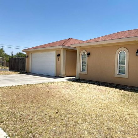 Rent this 3 bed house on 1216 East Parker Avenue in Midland, TX 79701