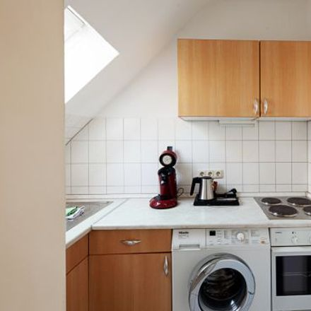 Rent this 2 bed apartment on Windscheidstraße 24 in 40239 Dusseldorf, Germany