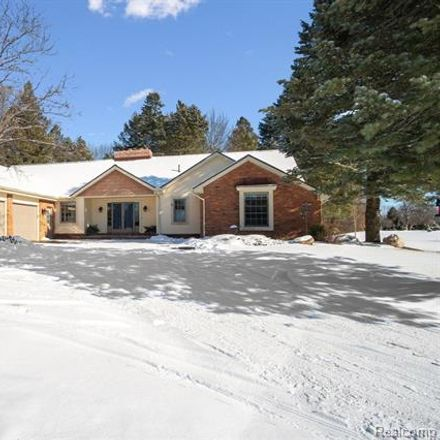 Rent this 5 bed house on 890 Nortoon in Milford, MI