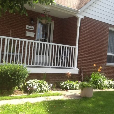 Rent this 3 bed apartment on Toronto in Wexford Heights, ON
