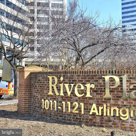 Rent this 1 bed condo on River Place North in 1121 Arlington Boulevard, Radnor Heights