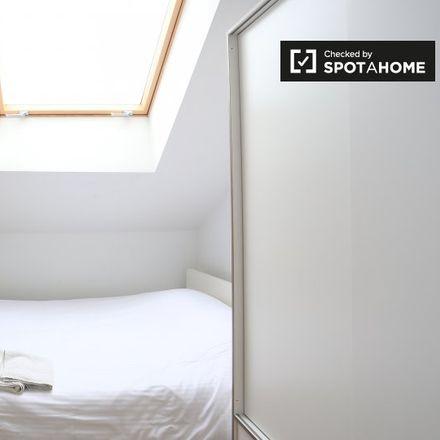 Rent this 1 bed apartment on Rue Keyenveld - Keienveldstraat 33 in 1050 Ixelles - Elsene, Belgium
