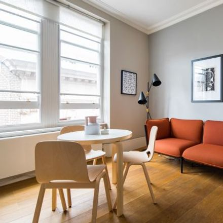 Rent this 2 bed apartment on J. Sheekey in 28-34 Saint Martin's Court, London