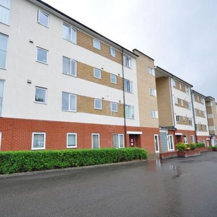 Rent this 2 bed apartment on Lee Heights in Bambridge Court, Maidstone