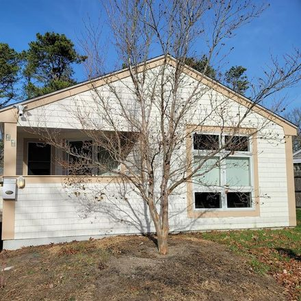 Rent this 3 bed house on 46 Wilfin Road in Yarmouth, MA 02664