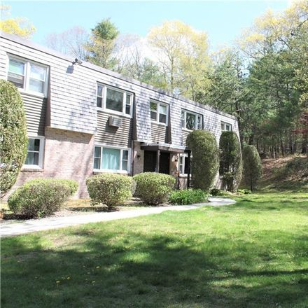 Rent this 2 bed condo on 7 Apple Valley Parkway in Smithfield, RI 02828