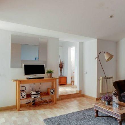 Rent this 2 bed apartment on Carrer de Valls in 8015 Barcelona, Spain