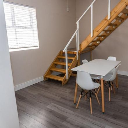 Rent this 4 bed house on Kingsley Road in Salt River, Cape Town