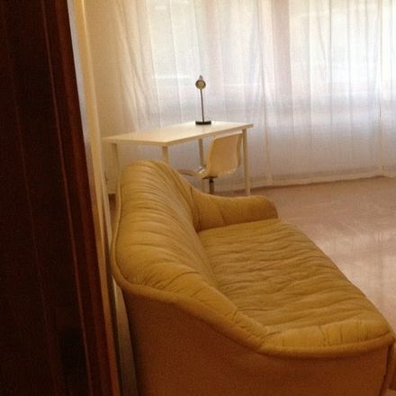 Rent this 6 bed room on Via Ignazio Guidi in 00147 Roma RM, Italia
