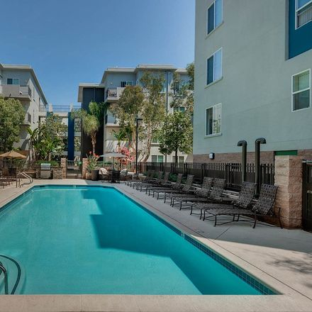 Rent this 3 bed apartment on 13070 West Jefferson Boulevard in Los Angeles, CA 90094