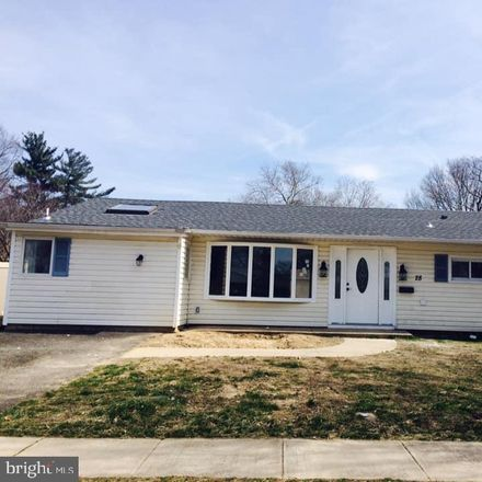 Rent this 4 bed house on 28 Echo Ln in Levittown, PA