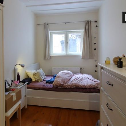 Rent this 2 bed apartment on Rue Marie-Henriette - Maria-Hendrikastraat 98 in 1050 Ixelles - Elsene, Belgium
