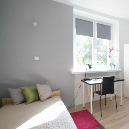 Rent this 5 bed room on Rabindranatha Tagore'a 5 in 93-548 Łódź, Poland