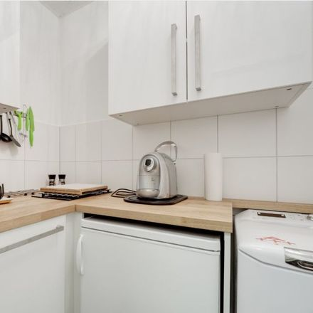 Rent this 3 bed apartment on Lessingstraße 64 in 76135 Karlsruhe, Germany