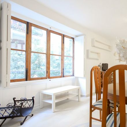 Rent this 3 bed apartment on Carrer d'En Plom in Valencia, Spain