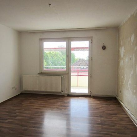 Rent this 3 bed apartment on Holsterhauser Straße 311 in 44625 Herne, Germany