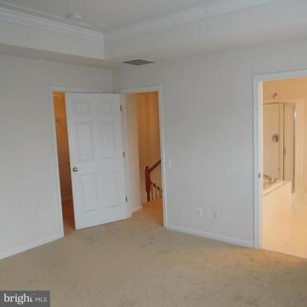 Rent this 3 bed house on unnamed road in Centreville, VA 20121