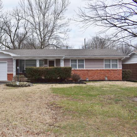 Rent this 3 bed house on 2220 South Florence Avenue in Springfield, MO 65807