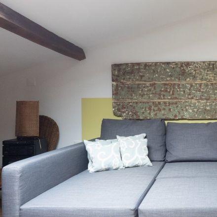 Rent this 2 bed apartment on Travessa Nova de Santos in 1249-093 Lisbon, Portugal