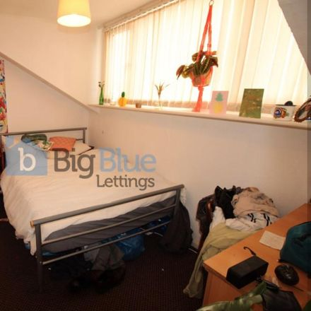 Rent this 4 bed house on Brudenell Primary School in Welton Place, Leeds LS6 1EW