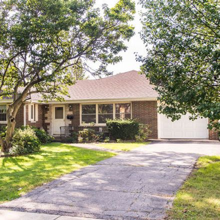 Rent this 3 bed house on 714 Pleasant Avenue in Glen Ellyn, IL 60137