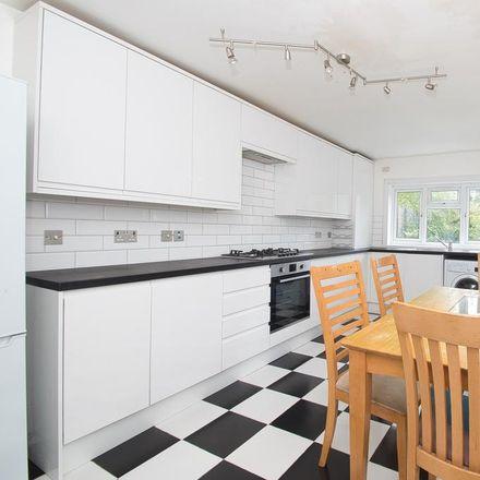 Rent this 5 bed house on 43 Lothair Road South in London N4 1EN, United Kingdom