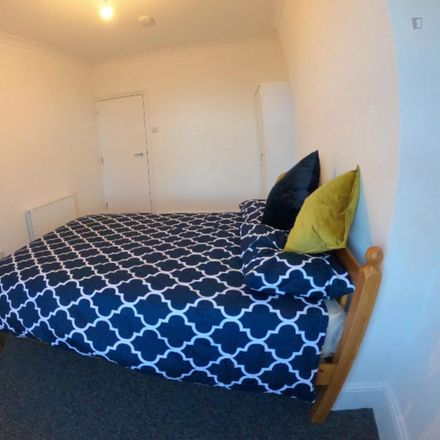 Rent this 5 bed room on Malden Road in London NW5 4BS, United Kingdom