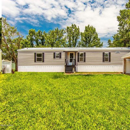 Rent this 3 bed house on Henry Street in Clairton, PA 15025