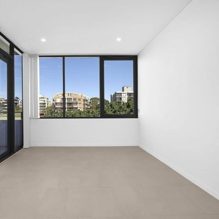 Rent this 1 bed apartment on 6606/32-34 Wellington Street