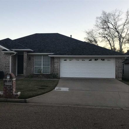 Rent this 3 bed house on 3508 Doublewood Drive in Longview, TX 75604