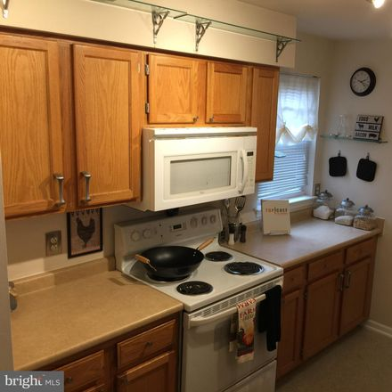 Rent this 3 bed townhouse on 4507 Brown Street in Philadelphia, PA 19139