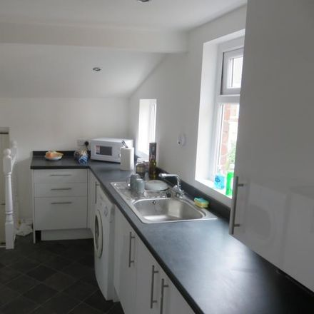 Rent this 9 bed apartment on Springbank Road in Newcastle upon Tyne NE2 1PD, United Kingdom
