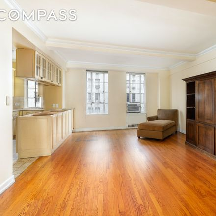 Rent this 3 bed condo on 353 West 56th Street in New York, NY 10019