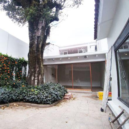 Rent this 4 bed apartment on Avenida Carrera 8 in Localidad San Cristóbal, 110411 Bogota