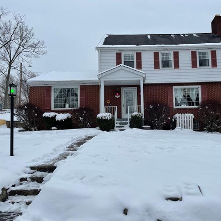 Rent this 3 bed house on Wheeling