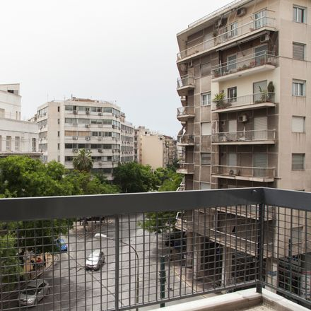 Rent this 13 bed room on Μάρνη 30 in 104 32 Athens, Greece