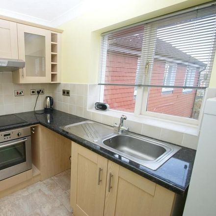 Rent this 2 bed apartment on Ramshaw Drive in Chelmsford CM2 6PH, United Kingdom