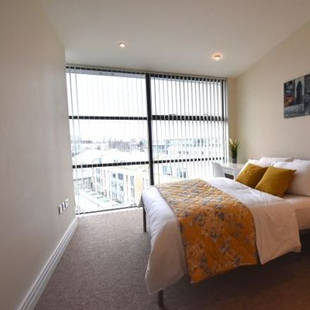Rent this 3 bed apartment on Point Wharf in London TW8 0BX, United Kingdom