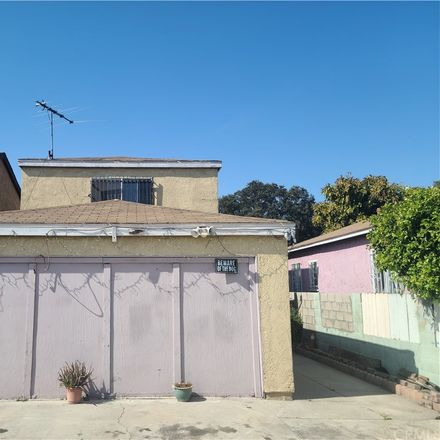 Rent this 3 bed house on 957 East 112th Street in Los Angeles, CA 90059