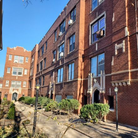 Rent this 1 bed condo on 1748 West Granville Avenue in Chicago, IL 60660