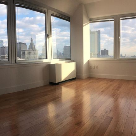 Rent this 4 bed apartment on 200 Water Street in Pearl Street, Manhattan Community Board 1