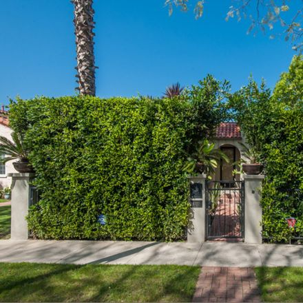 Rent this 4 bed apartment on Bonner Drive in West Hollywood, CA 90069